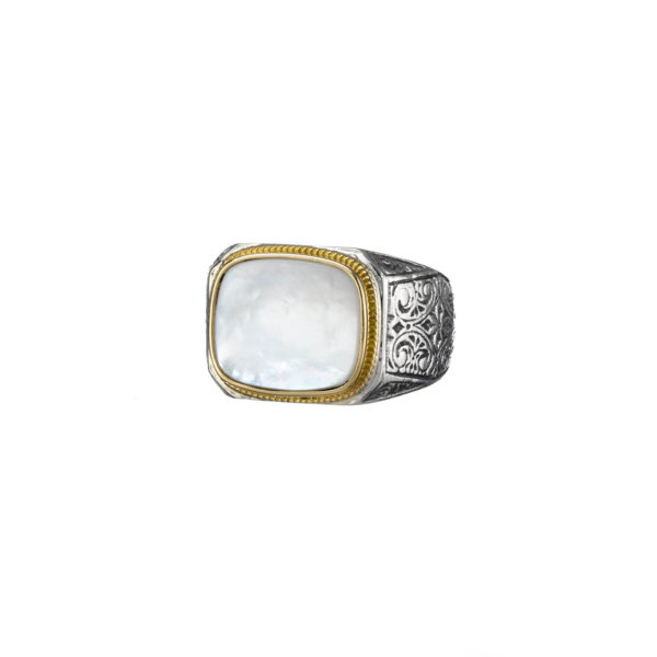 Classic Mother of Pearl ring in 18K Gold and Sterling Silver.