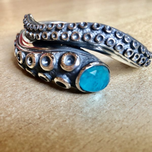 Silver 925, handmade octopus tentacle bracelet with Amazonite stone.