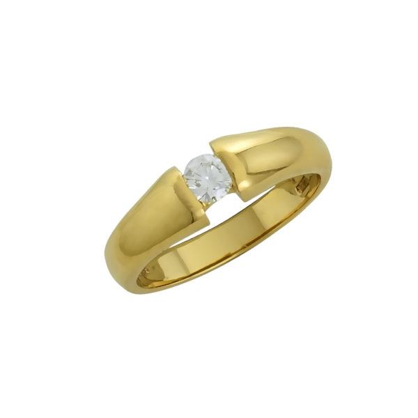 18K Yellow Gold, Diamond ring.