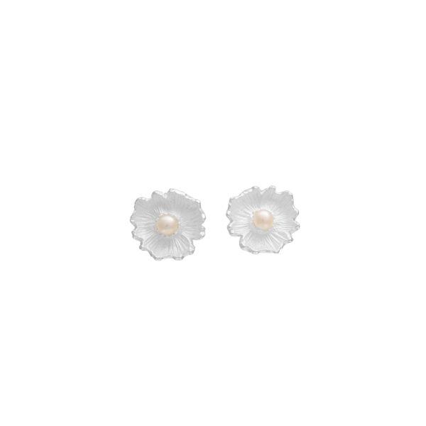 Silver 925, handmade flower earrings with genuine pearls.