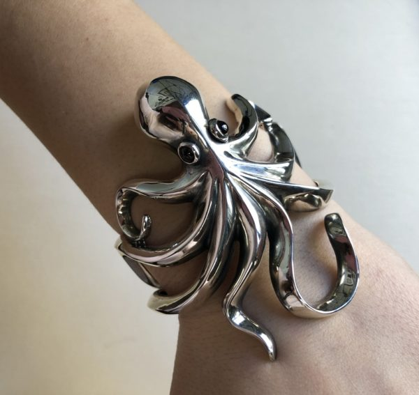 Silver 925, handmade octopus bracelet with Tourmaline stones.
